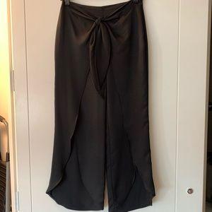 Zara skort (skirt/shorts), size XS